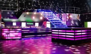 Освещение сцены: профессиональный подход к выбору оборудованию.