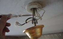 Как подключить светильник через выключатель самостоятельно.