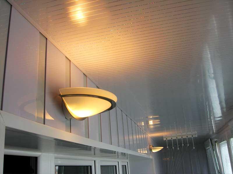 Оригинальные светильники на балкон.